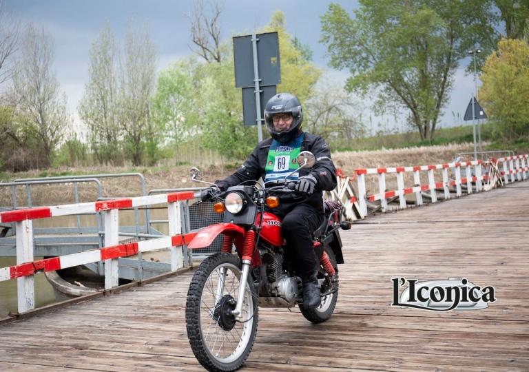 liconica-moto-honda-xl500