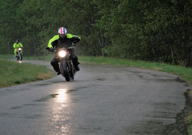 liconica-moto-triumph-motociclismo