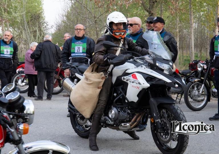 liconica-moto-benelli-tx500-benedetta