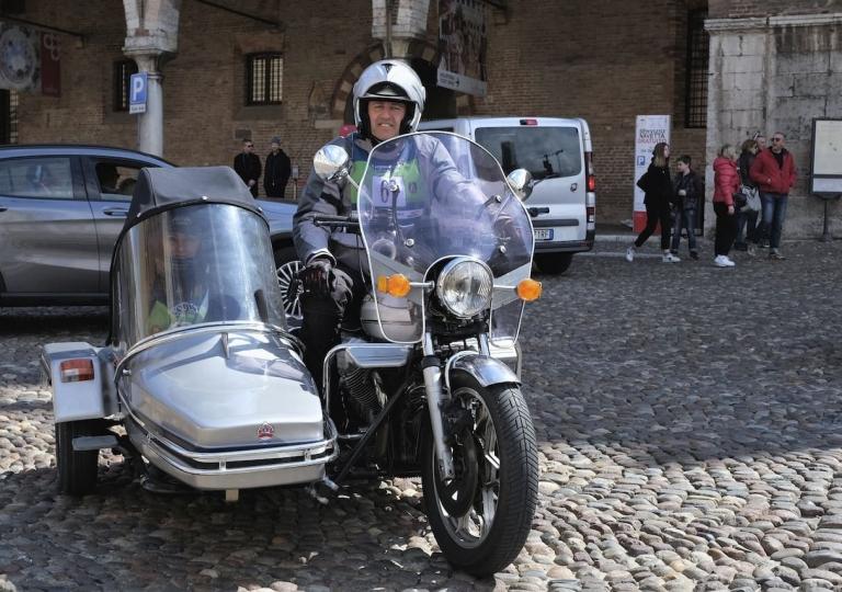 liconica-moto-sidecar-guzzi