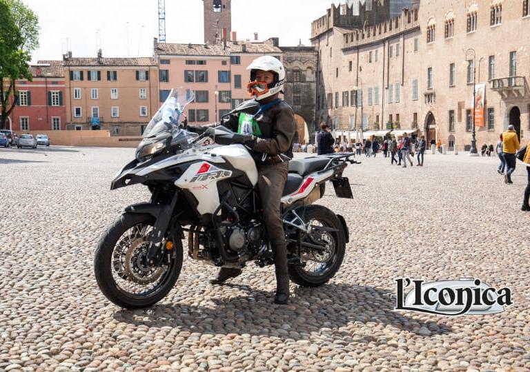 liconia-moto-benelli-tx500-benedetta