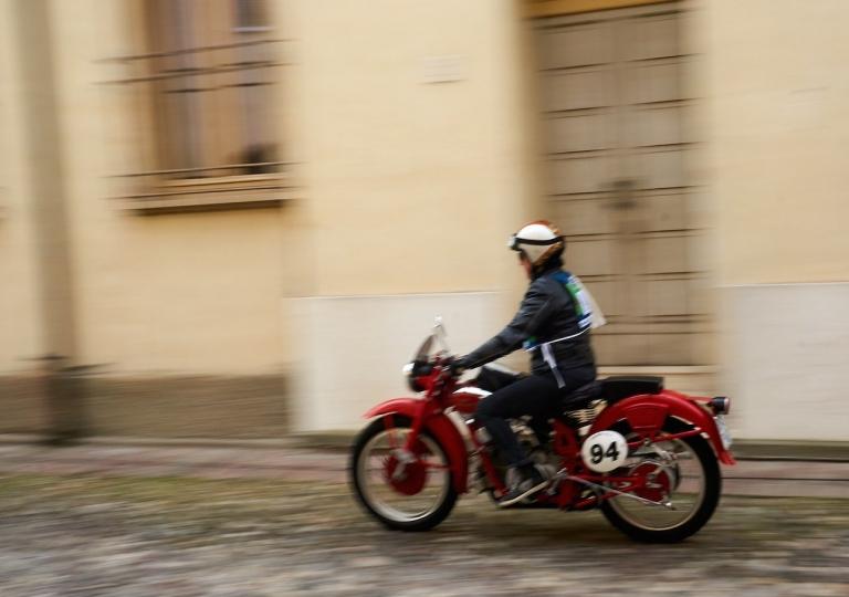liconica-moto-motoguzzi-sabrina
