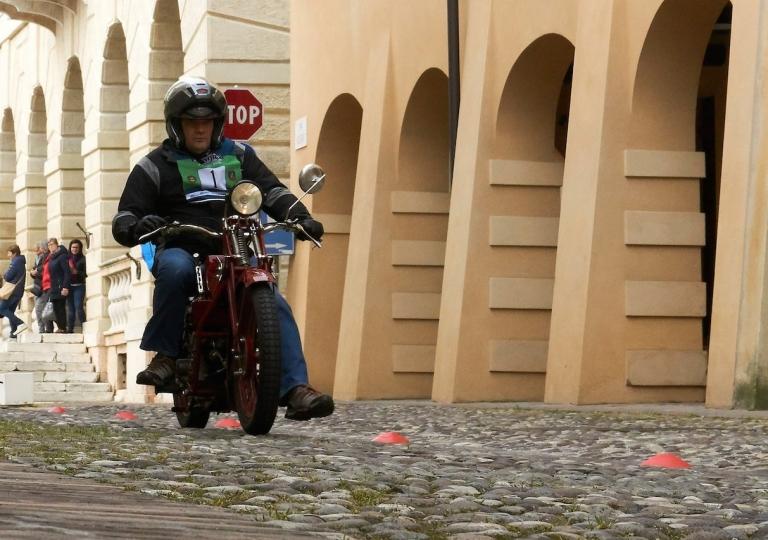liconica-motoguzzi