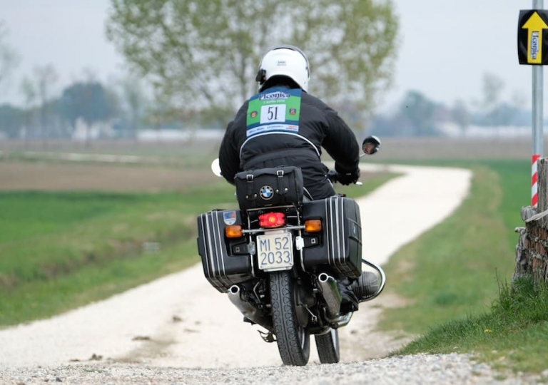 liconica_moto_bmw_post